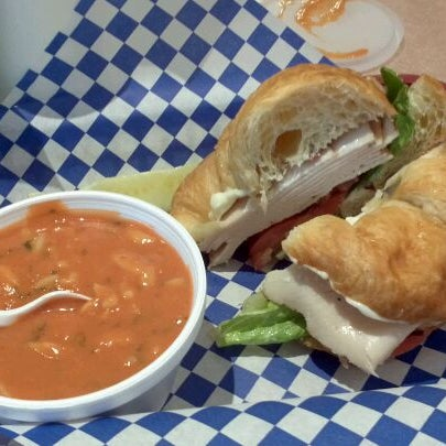 Picnic basket libertyville catering : The picnic basket sandwich place