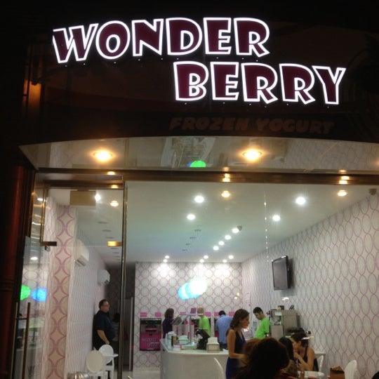 Photo taken at Wonder Berry by Michael L. on 9/7/2012
