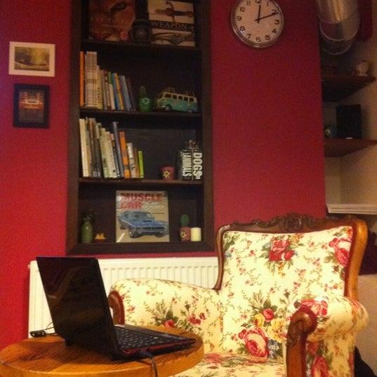 1/11/2012 tarihinde Erdem T.ziyaretçi tarafından Semolina Kafe & Restoran'de çekilen fotoğraf