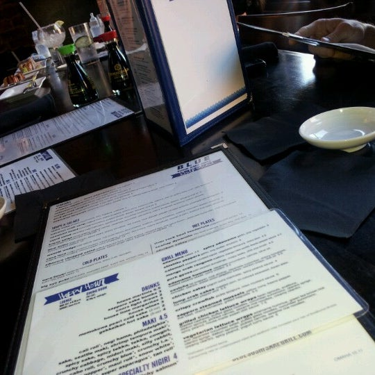 Photo taken at Blue Sushi Sake Grill by Jenny Lynn L. on 8/5/2012
