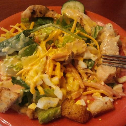Photo taken at Golden Corral by Natalie M. on 3/2/2012