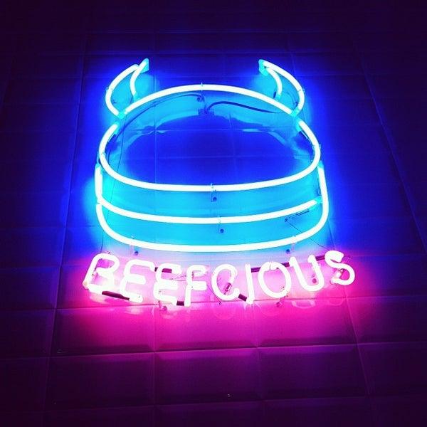 Foto tomada en Beefcious por Pedro T. el 1/28/2012