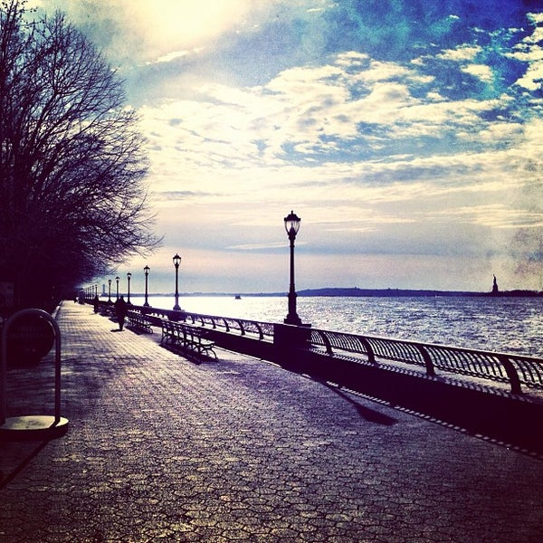 Photo taken at Battery Park City Esplanade by Raffi A. on 2/2/2012