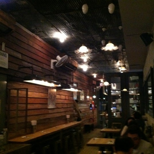 Foto tomada en Pure Thai Cookhouse por Don T. el 2/21/2012