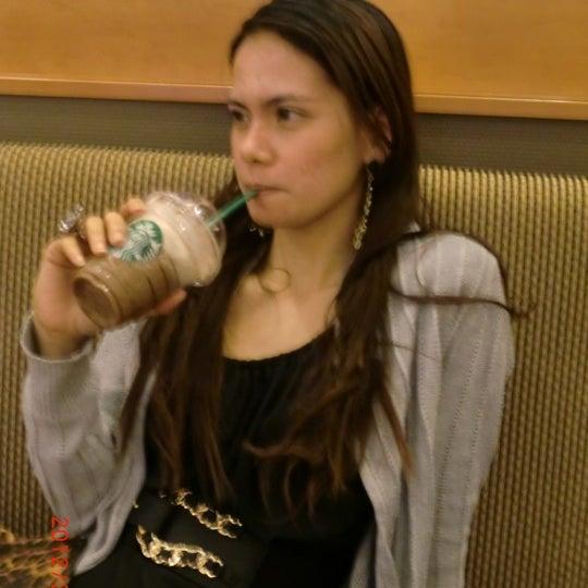 Photo taken at Starbucks Coffee ひたち野うしく店 by Jheng B. on 4/1/2012