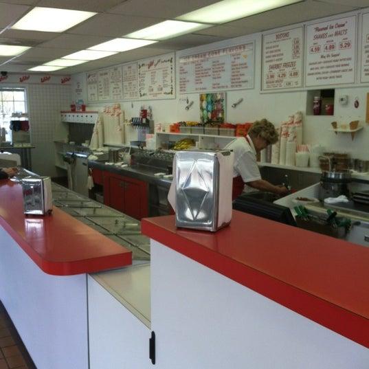 Photo taken at Whitey's Ice Cream by eve b. on 3/27/2012