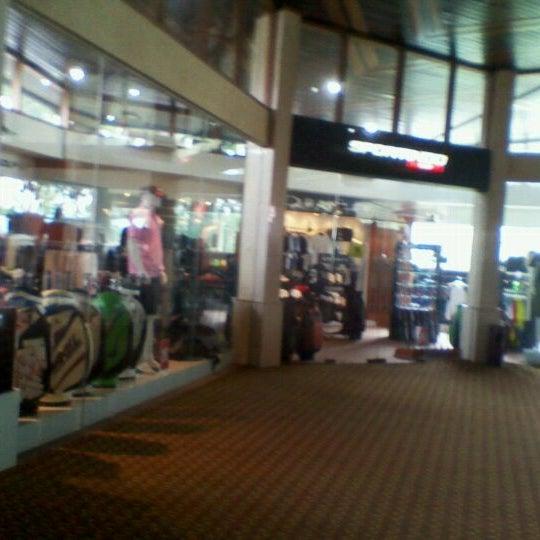 4/23/2012 tarihinde irwan m.ziyaretçi tarafından Pondok Indah Golf & Country Club'de çekilen fotoğraf