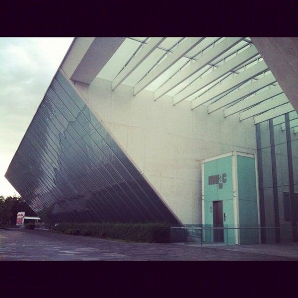 Foto tomada en MUAC (Museo Universitario de Arte Contemporáneo). por Carla A. el 8/2/2012