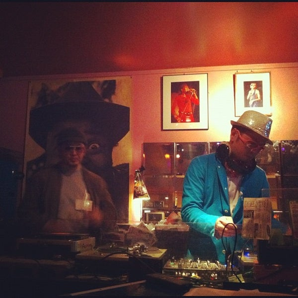 Photo taken at Club CACTUS by ぐり ぐ. on 4/30/2012