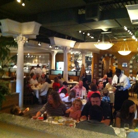 Das Foto wurde bei BRAVO! Cucina Italiana von Chris R. am 3/31/2012 aufgenommen