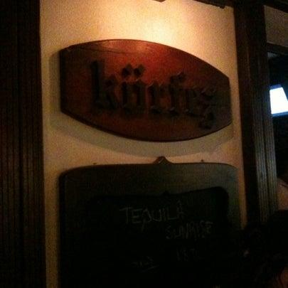 รูปภาพถ่ายที่ Körfez Bar โดย Kaan T. เมื่อ 7/24/2012