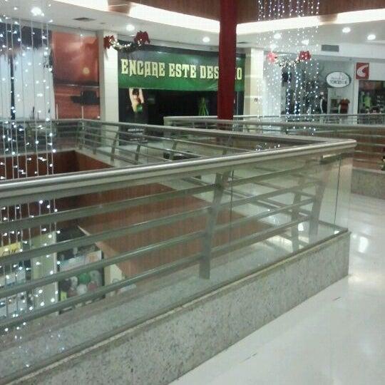 Foto tirada no(a) Partage Shopping São Gonçalo por Pam C. em 11/22/2011