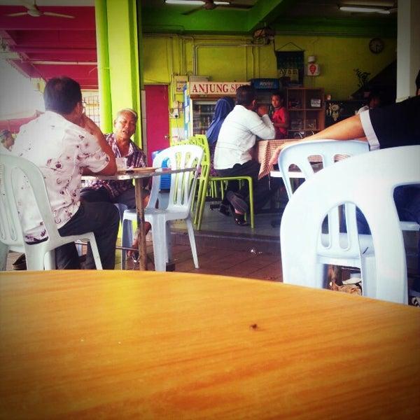 Photo taken at Restoran Anjung Seri by Mark J. on 6/18/2012