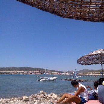 Foto scattata a Orsa Sörf Okulu da Ilgin E. il 7/3/2012