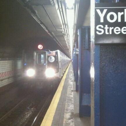 Photo taken at MTA Subway - York St (F) by Bob T. on 8/22/2011