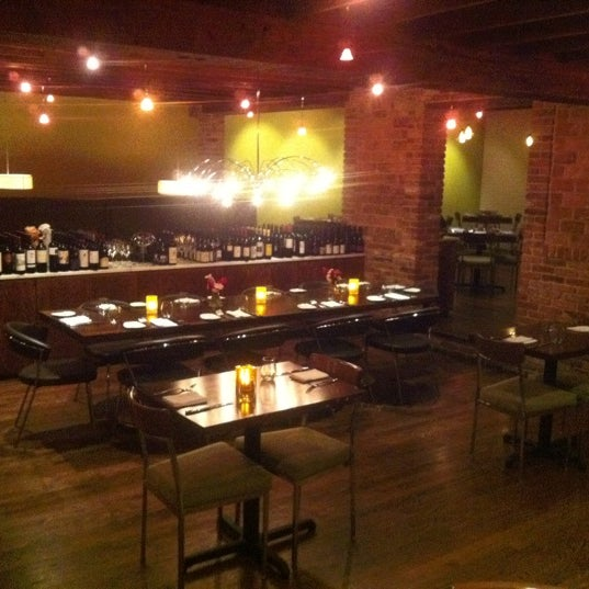 8407 Kitchen Bar: 8407 Kitchen & Bar (Now Closed)