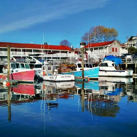 west boothbay harbor chat rooms Fisherman's wharf inn is the ideal choice for a corporate retreat or meeting venue  in boothbay harbor, maine.