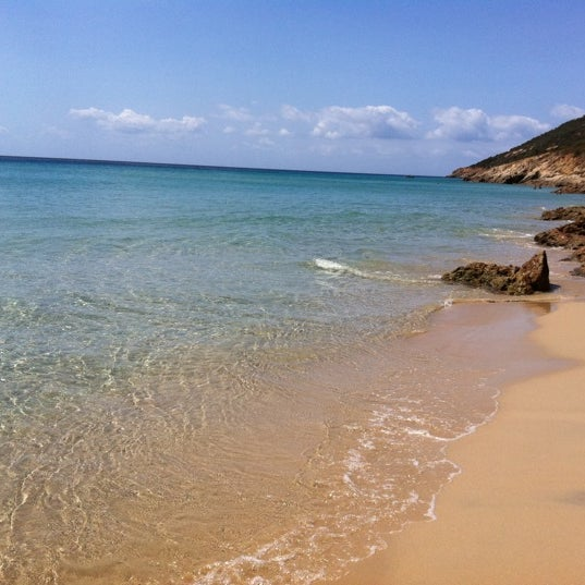 Where's Good? Holiday and vacation recommendations for Sardinia, Italy. What's good to see, when's good to go and how's best to get there.