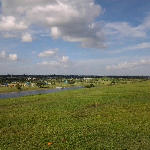 Photo taken at Vista View Park by J S. on 9/12/2012