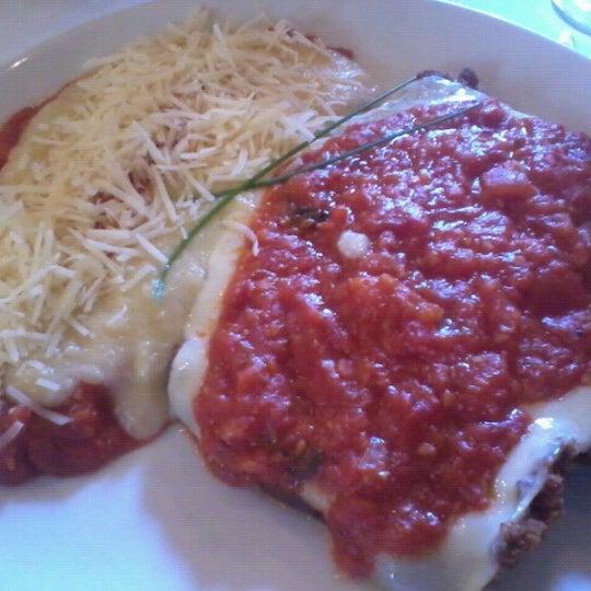 Foto tirada no(a) Zeffiro Restaurante por Augusto P. em 7/22/2012