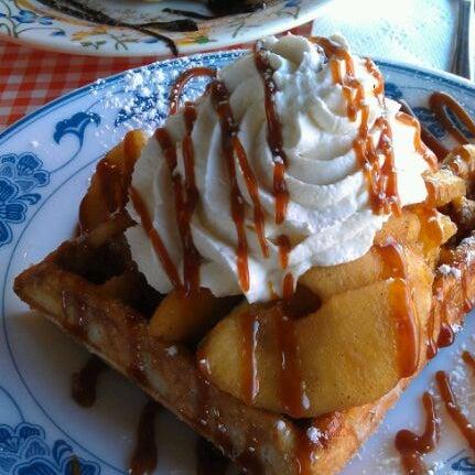 Foto tirada no(a) The Waffle Window por Rachel S. em 11/2/2011