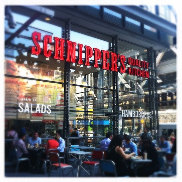 Photo taken at Schnipper's Quality Kitchen by Fiona D. on 6/28/2012