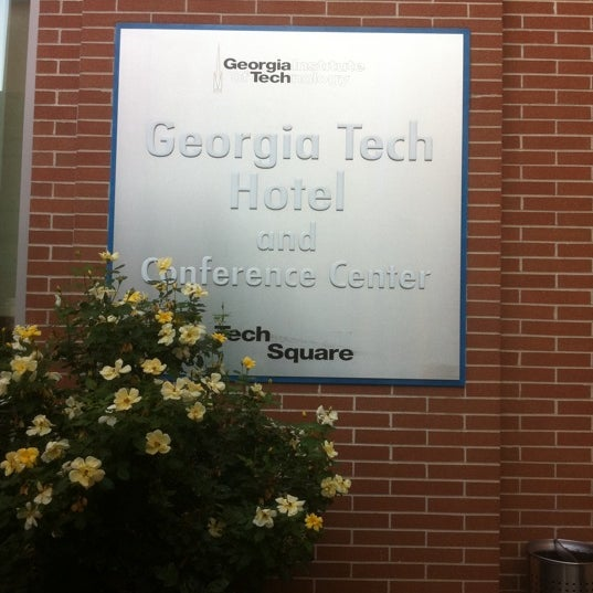 Photo taken at Georgia Tech Hotel and Conference Center by 30AEATS.com on 8/20/2012