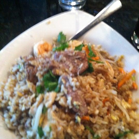 Photo prise au Sushi O Bistro par Troy S. le6/23/2012