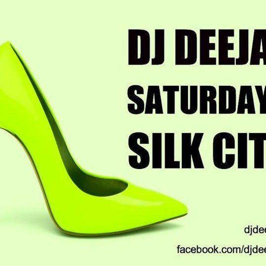 Photo taken at Silk City Diner Bar & Lounge by djdeejay on 7/15/2012