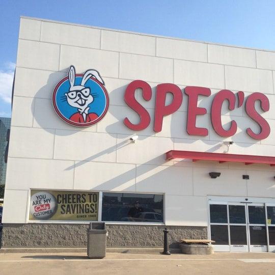 Photo prise au Spec's par Juno S. le6/23/2012