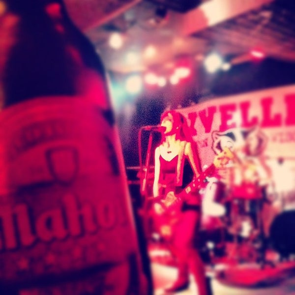 Foto tomada en Wurlitzer Ballroom por Tam T. el 5/26/2012
