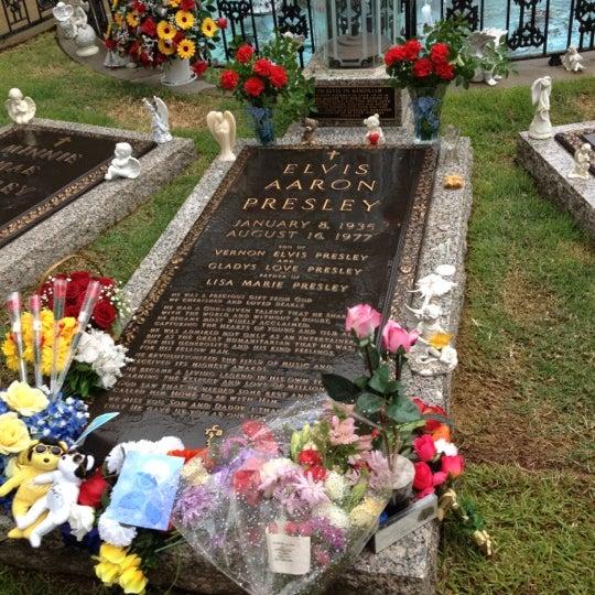 5/12/2012에 Ronnie J.님이 그레이슬랜드에서 찍은 사진