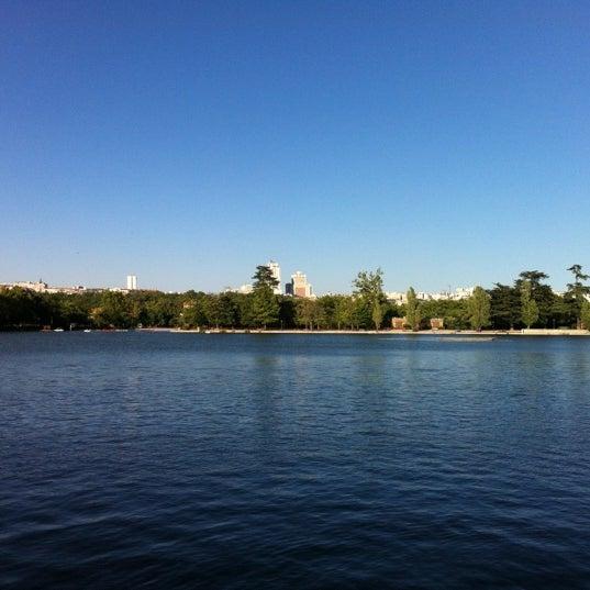 Photo taken at Lago de la Casa de Campo by Francisco V. on 8/2/2012
