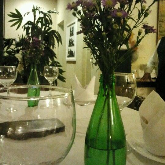 Foto tirada no(a) Casa Nostra por Hellen M. em 8/31/2012