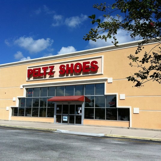 Peltz Shoe Store Brandon