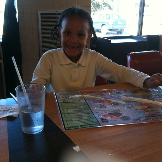 Photo taken at Waffle House by Tia R. on 10/4/2011