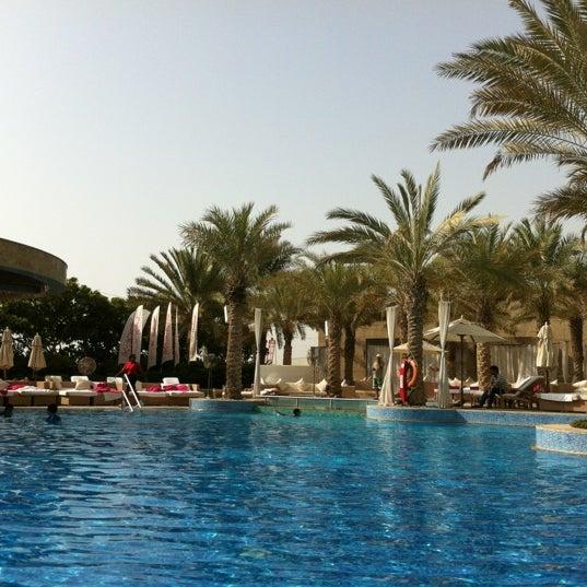 Photo taken at Shangri-La Hotel by gkoutso on 7/22/2012