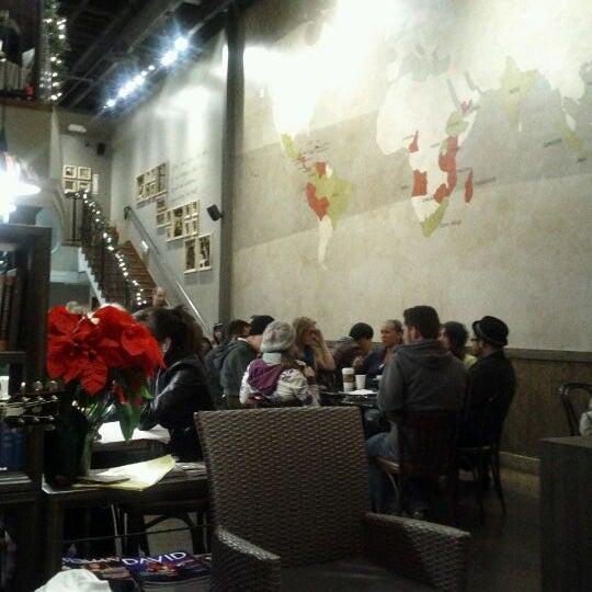 Foto tirada no(a) Sambalatte Torrefazione por Cynthea C. em 12/10/2011