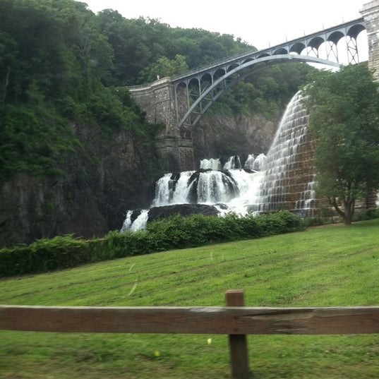 Photo taken at Croton Gorge Park by Valerie H. on 7/26/2011