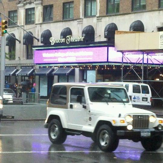 รูปภาพถ่ายที่ Beacon Theatre โดย Brian B. เมื่อ 5/15/2012