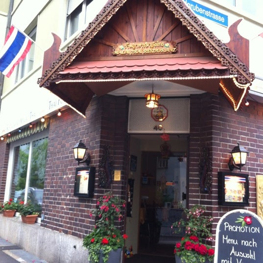 Malay thai rosental basel basel stadt for 22 thai cuisine new york ny