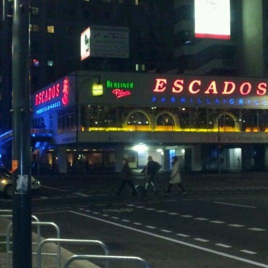 Das Foto wurde bei Escados von Ness C. am 10/27/2011 aufgenommen