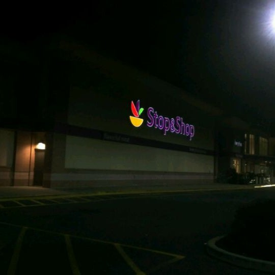 Photo taken at Stop & Shop by Roberto T. on 12/5/2011