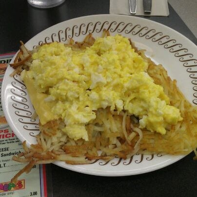 Photo taken at Waffle House by Jorge N. on 1/6/2012
