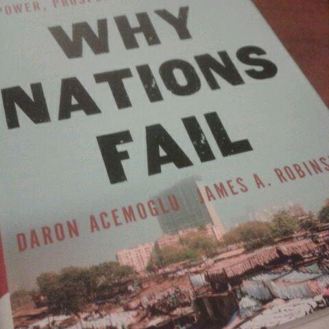 Photo taken at Barnes & Noble by Mazlan M. on 4/15/2012