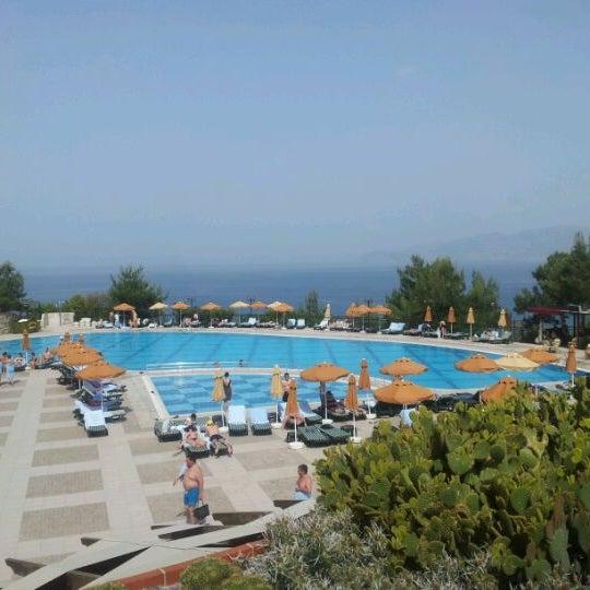 5/1/2012 tarihinde Ardak I.ziyaretçi tarafından Utopia World Hotel'de çekilen fotoğraf