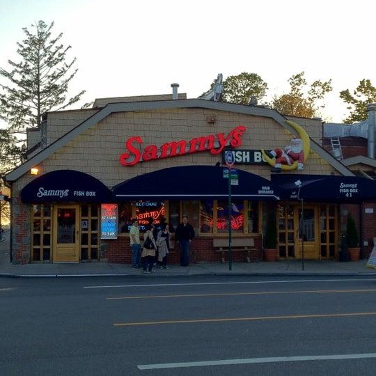 Sammy s fish box restaurant city island tips from