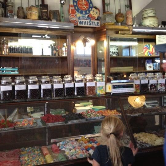 Chocolate Vanilla Creams Dunmore Candy Kitchen: Photos At Crown Candy Kitchen
