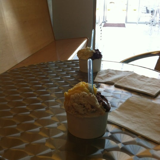 Photo taken at Glacé Artisan Ice Cream by L S. on 6/2/2012