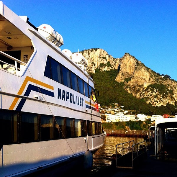 Foto scattata a Marina Grande da Keot il 5/27/2012